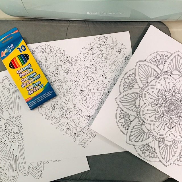 This is very easy and will come in handy for quick gifts for family and fun projects for the kids. I am sharing these DIY Adult Coloring Pages You Can Create Using Your Cricut.